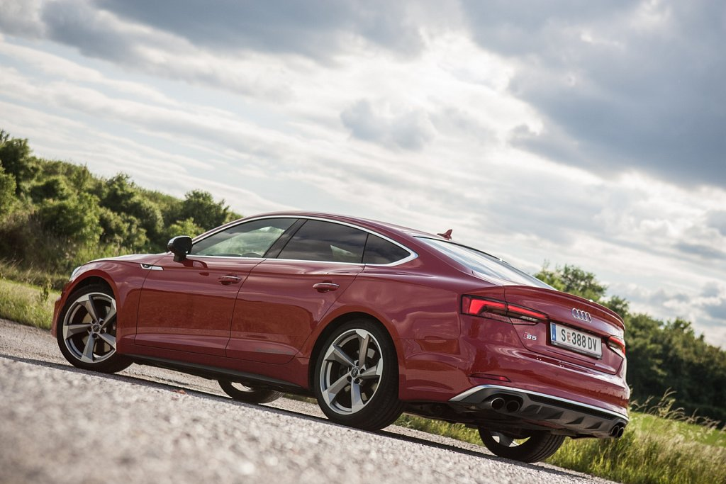Audi-S6-Gluschitsch-6.jpg