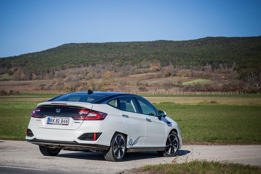Honda-Clarity-FuellCell-Gluschitsch-5.jpg