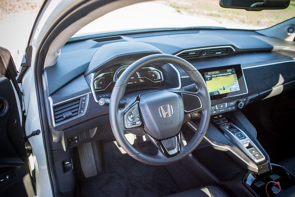 Honda-Clarity-FuellCell-Gluschitsch-7.jpg