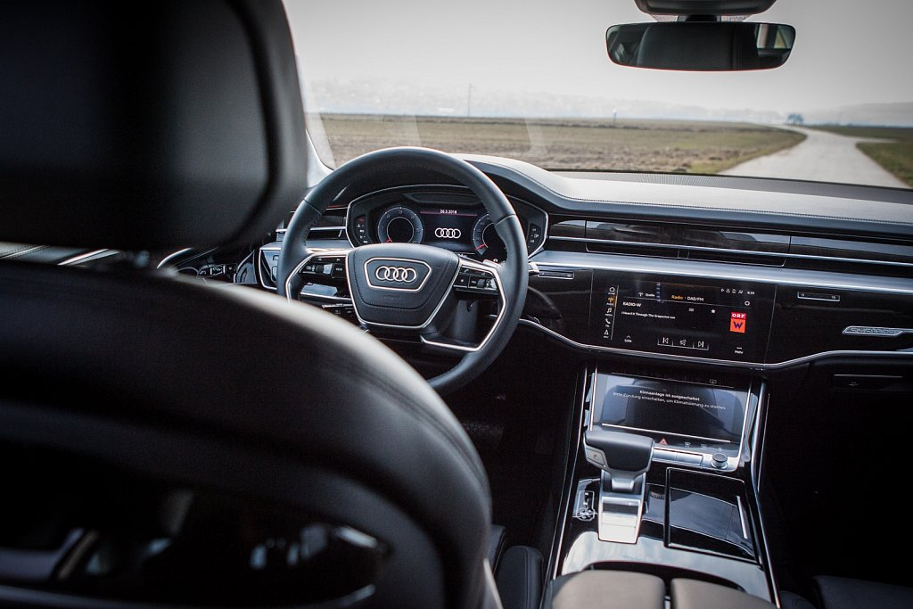 Audi-A8-Gluschitsch-4.jpg