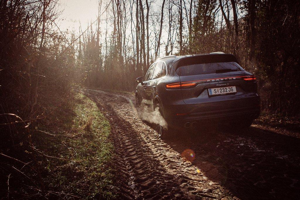Porsche Cayenne S dirty