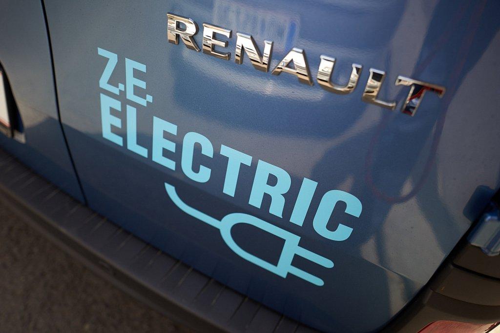 dS-Renault-Kangoo-ZE-1120397.jpg
