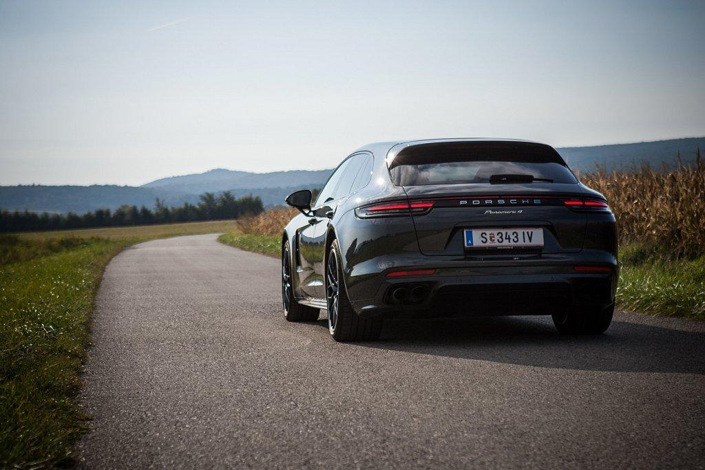 Porsche-Panamera-Hybrid-Gluschitsch-1.jpg