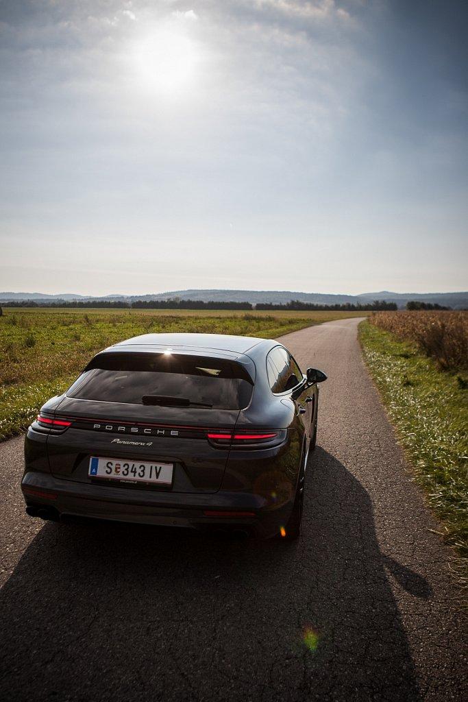 Porsche-Panamera-Hybrid-Gluschitsch-4.jpg