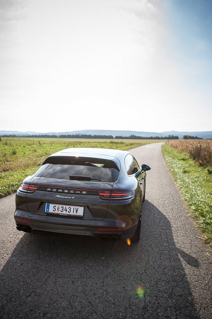 Porsche-Panamera-Hybrid-Gluschitsch-5.jpg