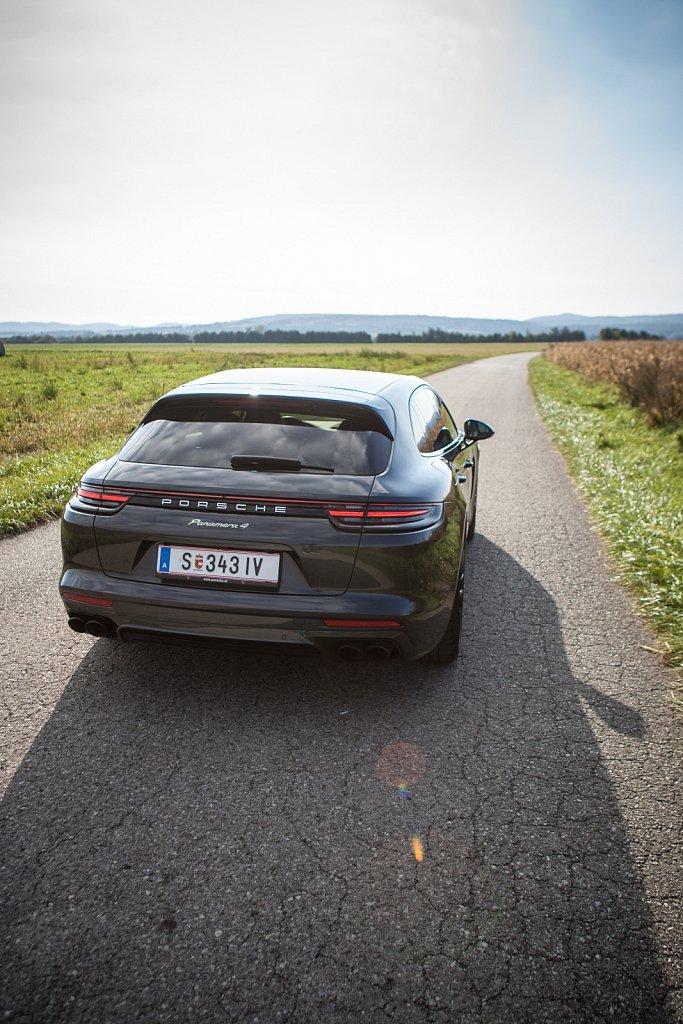 Porsche-Panamera-Hybrid-Gluschitsch-6.jpg