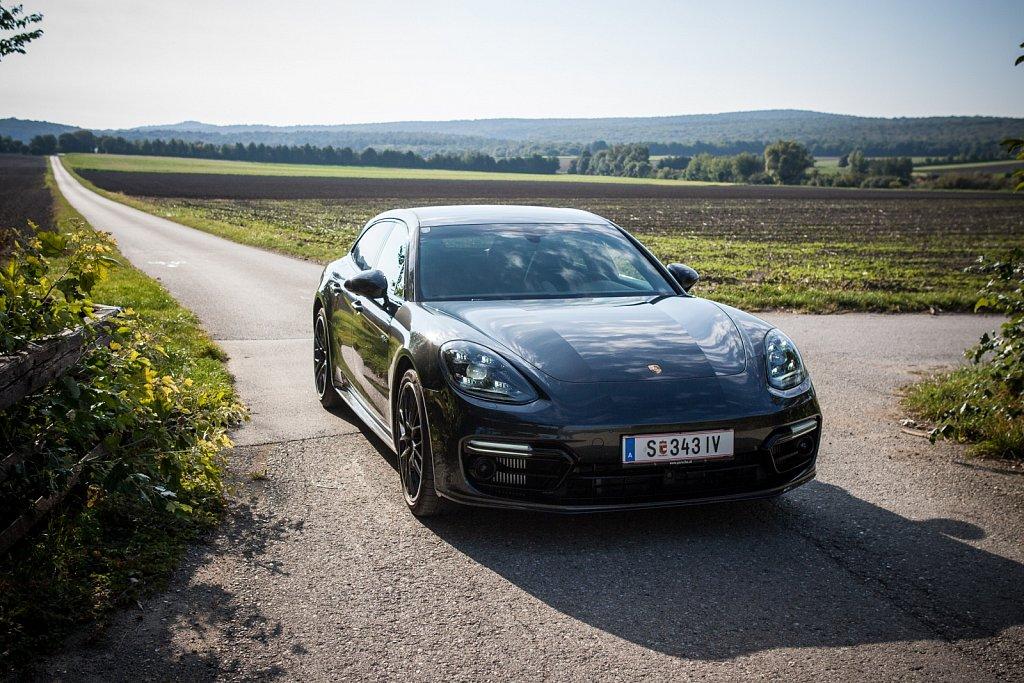 Porsche-Panamera-Hybrid-Gluschitsch-35.jpg