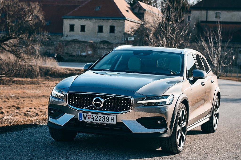 Volvo-V60-CC-Gluschitsch-335.jpg
