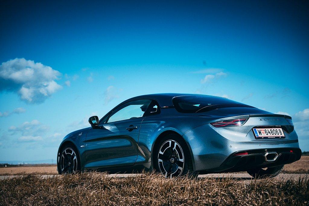 Renault-Alpine-Gluschitsch-360.jpg