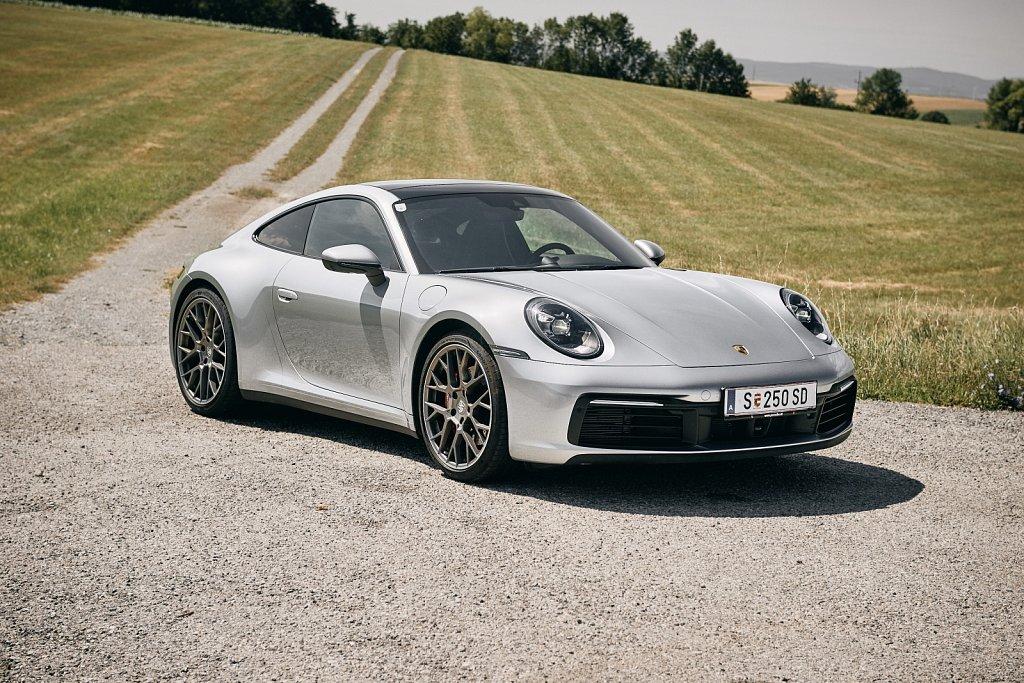 Porsche-911-Gluschitsch695.jpg