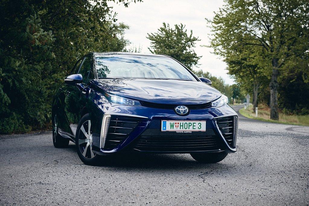 Toyota-Mirai-Gluschitsch720.jpg