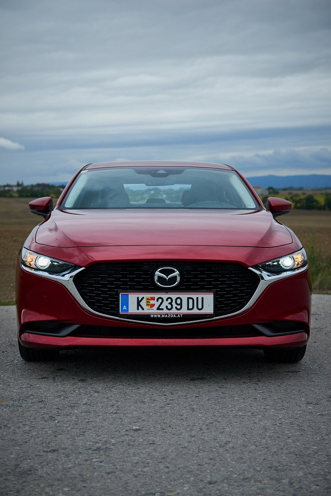 Mazda-Mazda3-Gluschitsch-960.jpg